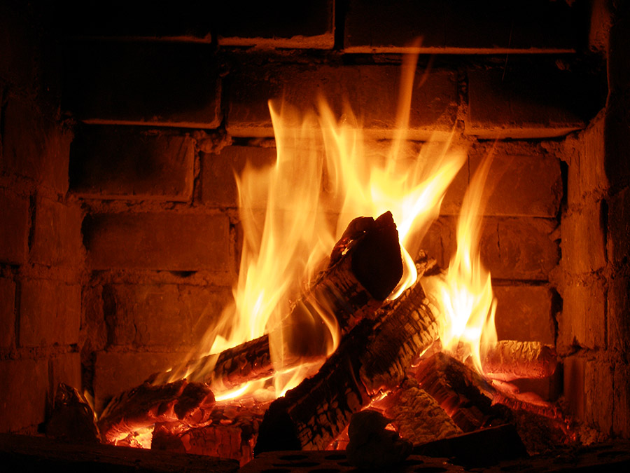 Blue Sky Chimney Sweeps Explains How to Use the Fireplace this Spring